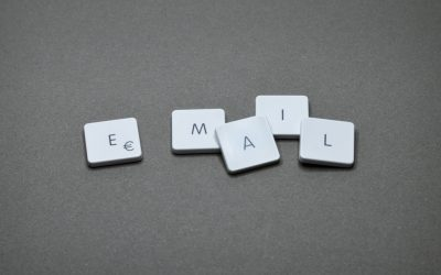 5 copywriting tricks to build trust (and sell) with your emails